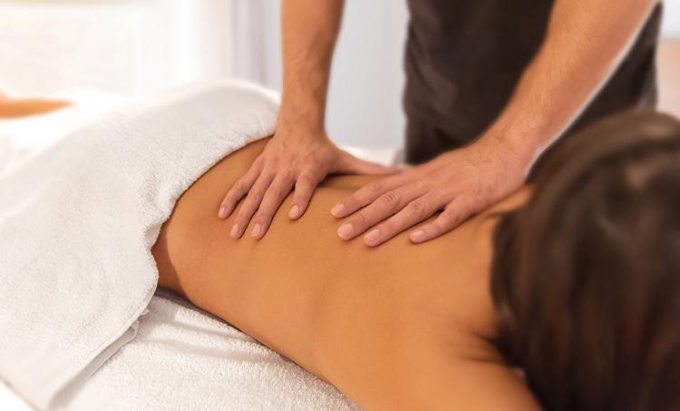 MET en Zweedse massage bij nekpijn en slaapstoornissen